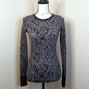 Curious Gypsy black gray thermal top shirt XS S